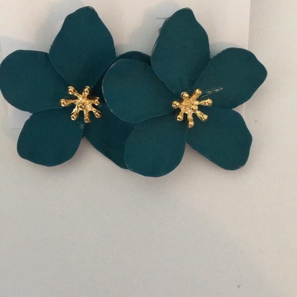 Badgley Mischka Jewelry - New Badgley Mischka Teal Flower w Gold center earr